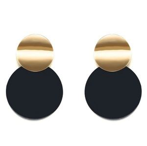 Smooth Curved Twisted Disc Drop Earrings